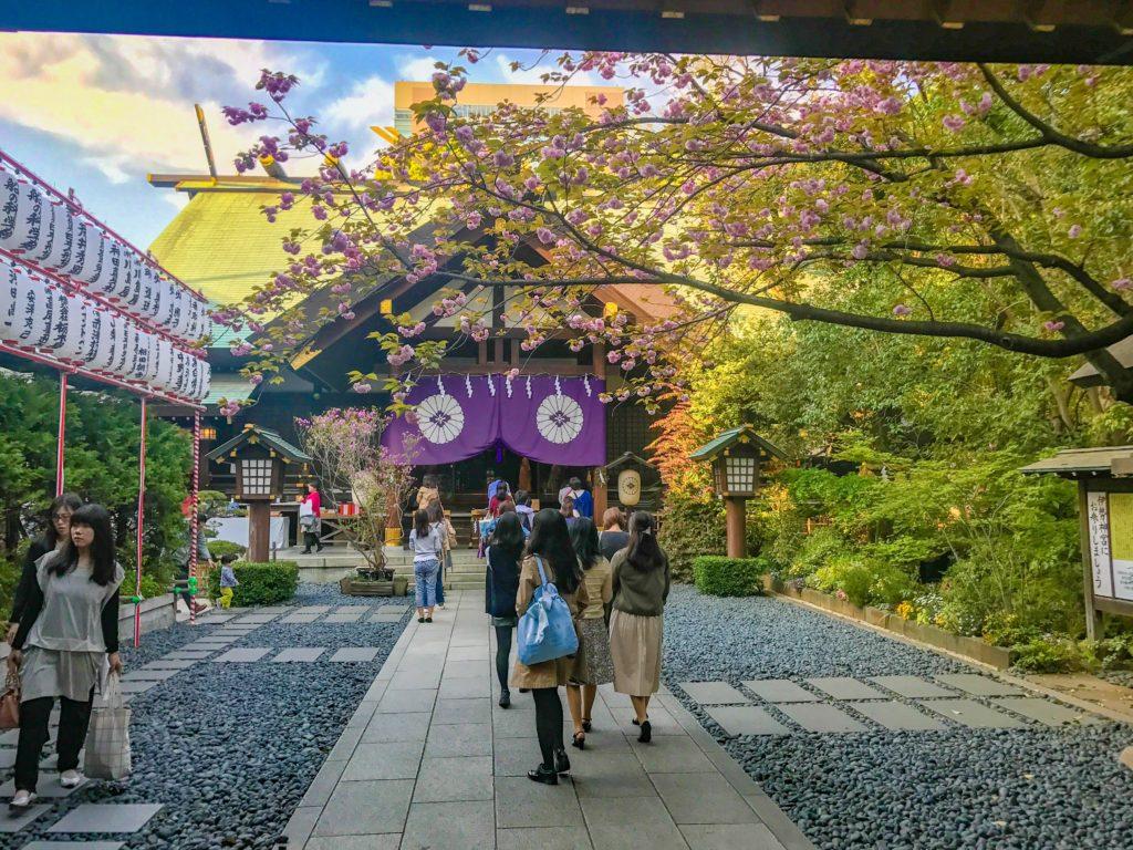 東京大神宮境内
