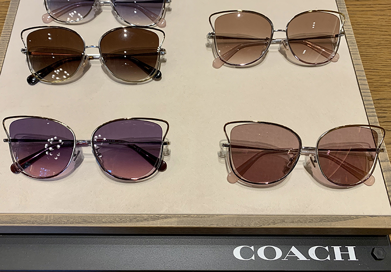 COACHのキャットアイのサングラス